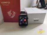 Lemfo LEM10: un piccolo smartphone al polso, ma non scomodate paragoni con Apple Watch